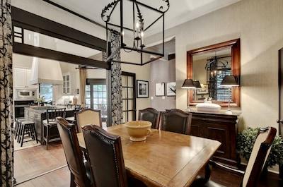Dining into Kitchen