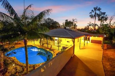 Tropical Tiwi, a Bali style family villa in Darwin