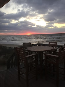 Another beautiful sunset over the Delaware Bay from the deck at Sunset Villa