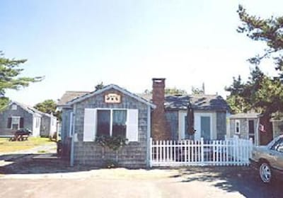 Hurricane Pines Cottages