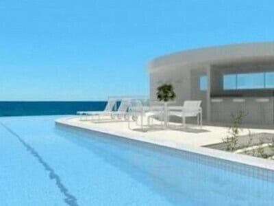 Apartamento novo e decorado, em frente à praia e com excelente área de lazer