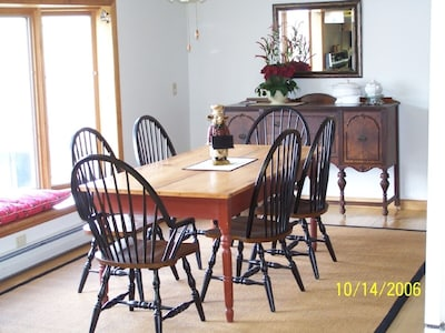 Large table seats 8 with ease
