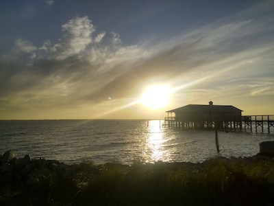 Perfect & Affordable Beach Vacation Home!  Awesome Sunset Views!