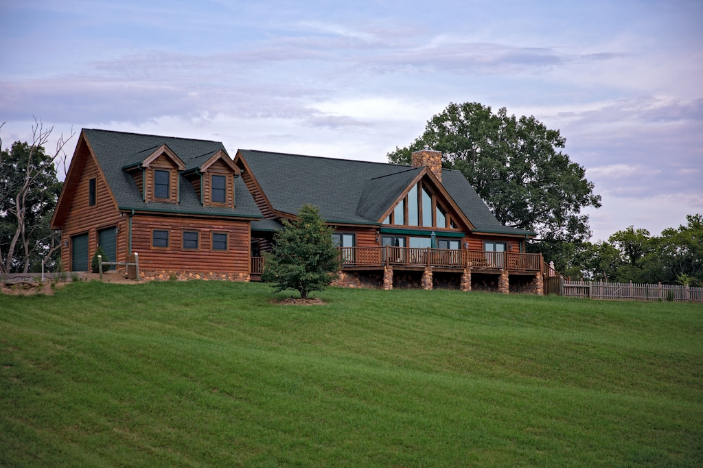 The Lodge at Chavis is an ideal Nashville vacation rental for large families
