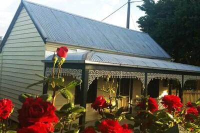 Goldfields Cottage Circa 1857