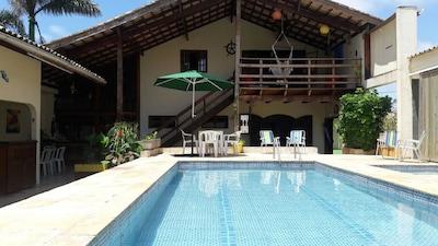 Linda casa (60m da praia, 16 pessoas, 5 quartos, 2 c/ ar cond.)
