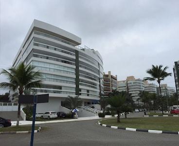 Riviera - espetacular 4 dormitórios para 11 pessoas (150 metros) 2 garagens