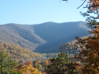 View of Skyland Drive in the Shenandoah National Park