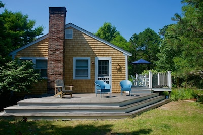 Two tiered deck