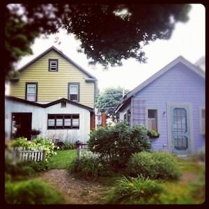 Carpe Diem & Main House