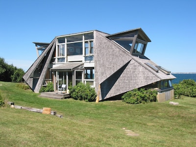 Secluded & directly overlooks Vineyard Sound. Just a 1-minute walk to the beach!