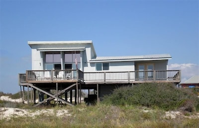 Front view of Sea Dunes