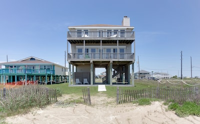 Welcome to your private beach front home !