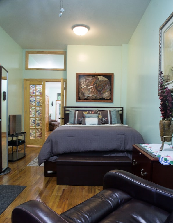 Beautiful One Bedroom Apartment In Classic Brownstone In Harlem New York City Manhattan