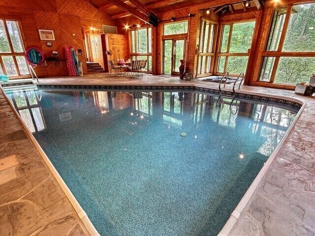 Private 90 Acres Indoor Heated Saltwater Pool Private Estate With Amenities Rushville
