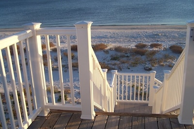 Steps to the Beach and the Gulf