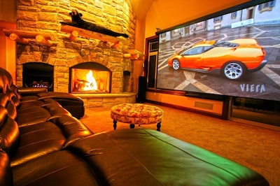 Great Room - 16' HD Theater, Surround Sound, Club Lights & Aurora Shadow Theater