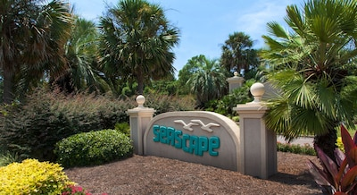 The entrance to our beautiful golf and tennis resort.