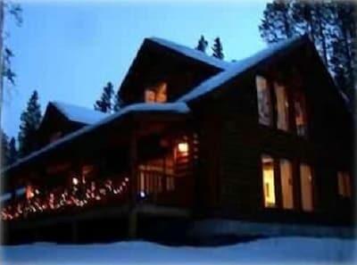 Christmas at Moose Mountain Lodge