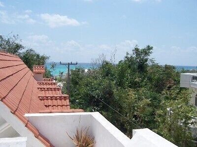 Ocean view from rooftop deck