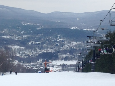 Just 3 miles from Windham Mountain!