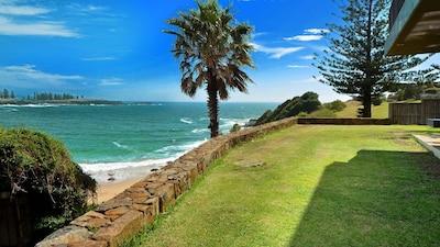 Kiama Surf Beach, Wollongong, New South Wales, Australia