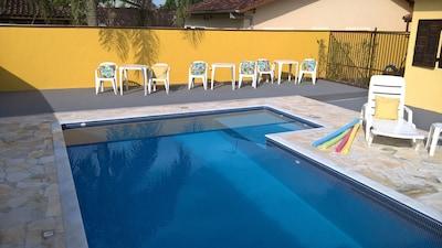 Cond Portal Patrimonio - Casa com piscina,churrasqueira e seguranca 24 hs WI-FI.