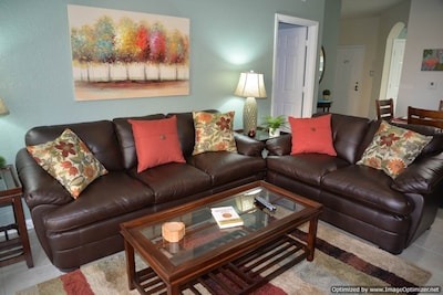 New comfortable leather living room furniture