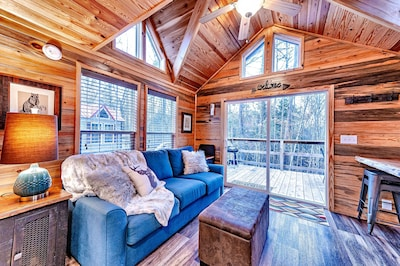 Broken Bow, OK, Hochatown, OK, Tiny Cabin, Tin Star Property Management
