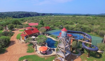 Resort setting at Red Sands Ranch.
