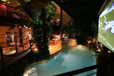 Tropical Room w Grotto-Disco-25' Cinema-MORE!!