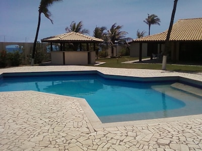 Excelente Casa 8 Suites na Beira Mar, Piscina,Churrasqueira, Boate,Quiosque, Per