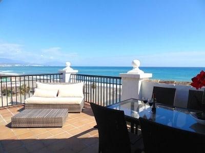 Frente a la playa - Lado del puerto - Ático - Internet - TV internacional