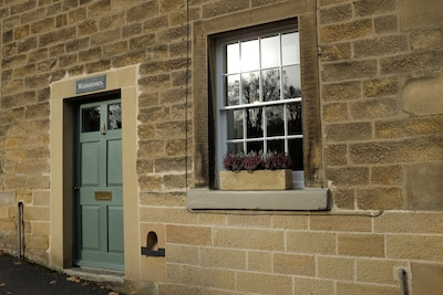 Charming grade 2 listed Georgian cottage in the heart of Bakewell