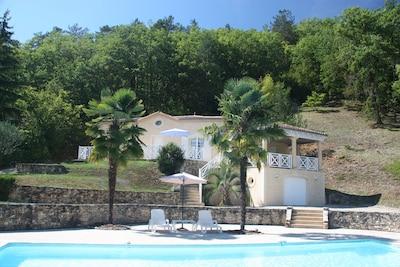 Façade + piscine