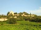 Vue générale du village et des remparts