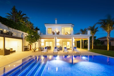 Luxury 6 Bedroom Villa Sleeps 12 With 2 Kids Heated Pool 100 Meters To Beach Elviria