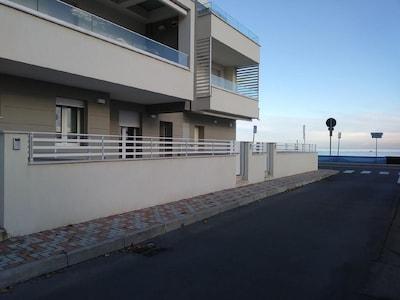Bilocale a due passi dal mare
