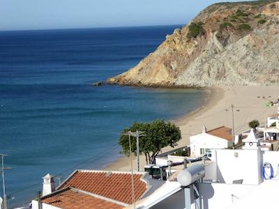 Precioso apartamento con vistas al mar y la playa! AL18341