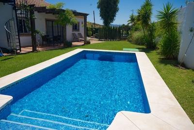 Charmante, abgelegene Mijas Villa, privater Pool & Gärten Ruhige Lage, WIFI