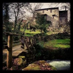 Ourense: Casa de aldea con jardín al lado del río