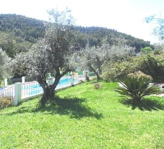 The paradise where the plains of Alentejo meet the hills.