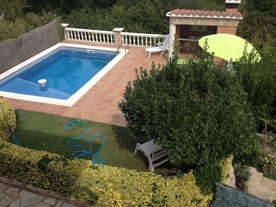 Casa Espaciosa y con Piscina, Vidreres Aguaviva Park