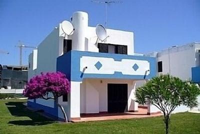 2 bedroom Apartment - Golden Club - Cabanas