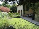 Vue jardin , accès piscine