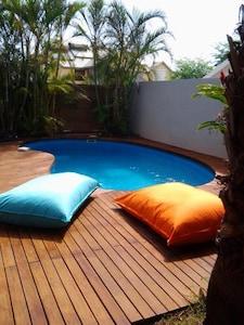 piscine et deck