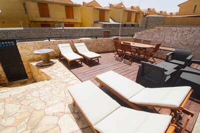 terrace with private door to Cabezo beach