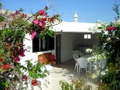 4 bed 2 bath Beach Villa on idyllic Armona Island in the Algarve