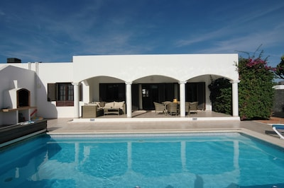 Lujo Villa Familiar con piscina privada climatizada