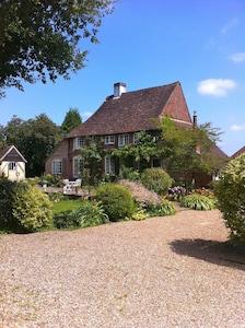 Medieval Logmore farmhouse